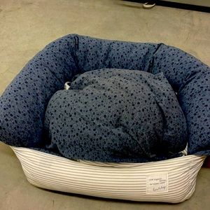 Down filled dog or cat bed